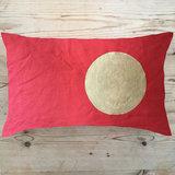 Small tg red circle moon cushion