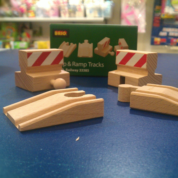 Large stop and ramp tracks brio wooden railway