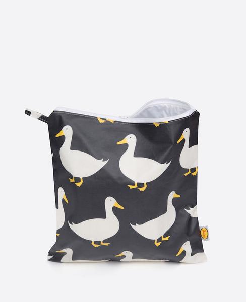Large anorak waddling ducks black large toiletry bag front
