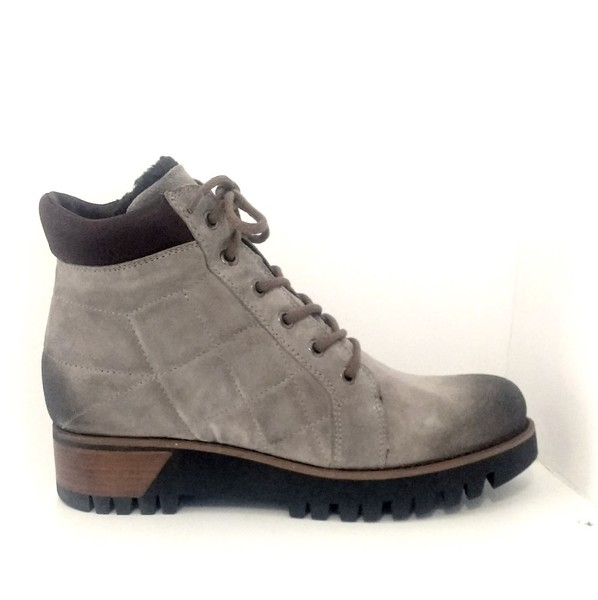 Large torba1 boots