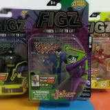 Small the joker batman bat man figz action figure augmented reality 3d app figz justice league