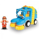 Small wow fun junction toy shop perth crieff perthshire scotland toddler preschool no batteries toy pretend play wow tyler street sweeper was stanly stanley 5033491103917
