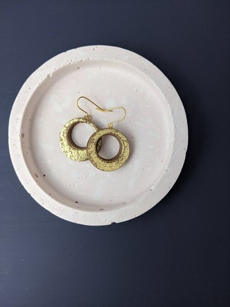 Large km small hoop gold