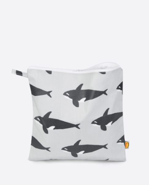 Large orca toiletrybag web