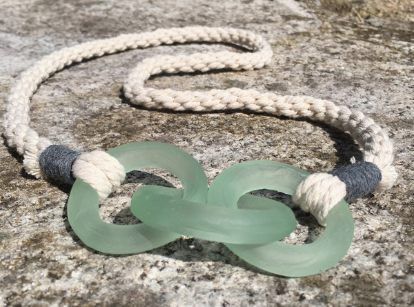 Large am 7 whittingham  a. overhead cotton lagoon mooring necklace small file