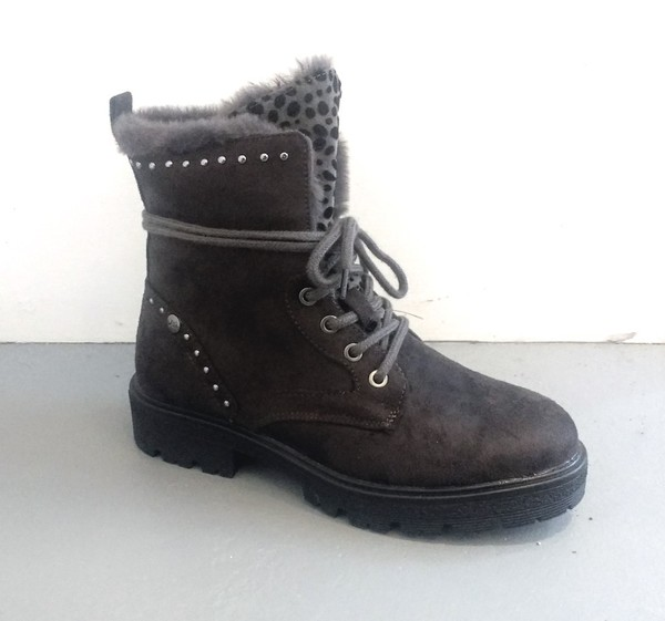 Large xti boot single