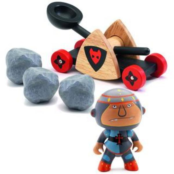 Large baldy and big paf arty toys djeco knights